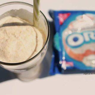 Cinnamon Bun Oreo Cookie Milkshake