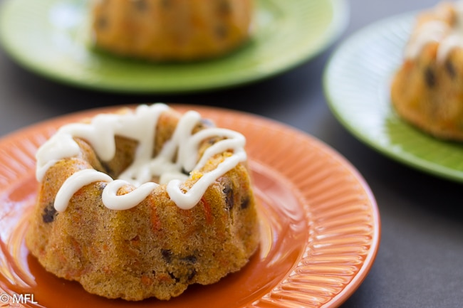 rum carrot cakes on colorful plates