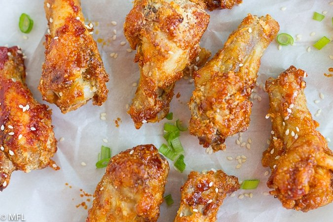 air fried chicken wings with green onion