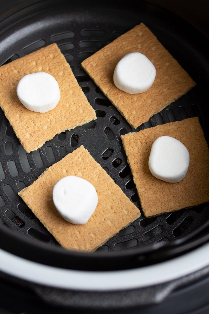 graham crackers with marshmallows on top in air fryer