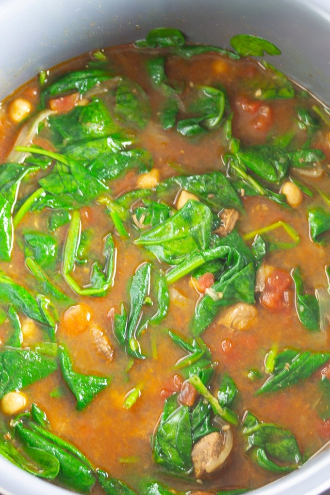 finished moroccan spiced soup with added spinach