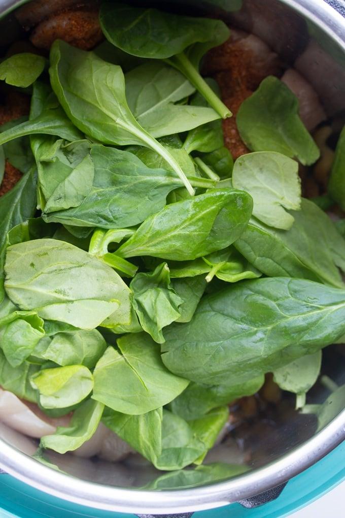 spinach in pressure cooker for creamy cajun chicken pasta