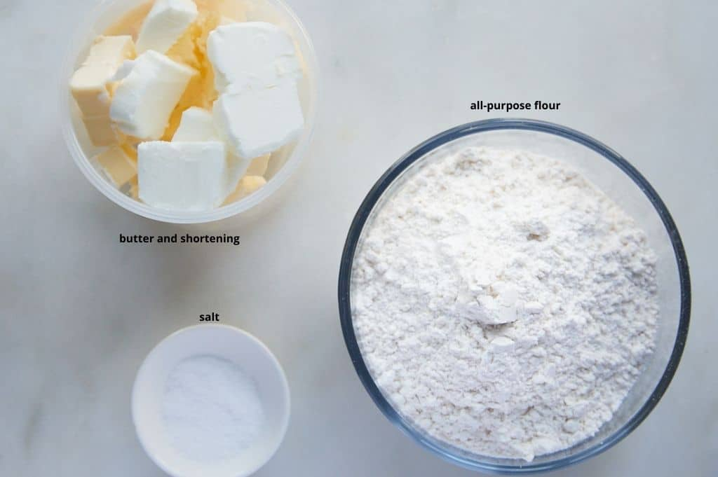 Ingredients needed to make the pie crust.
