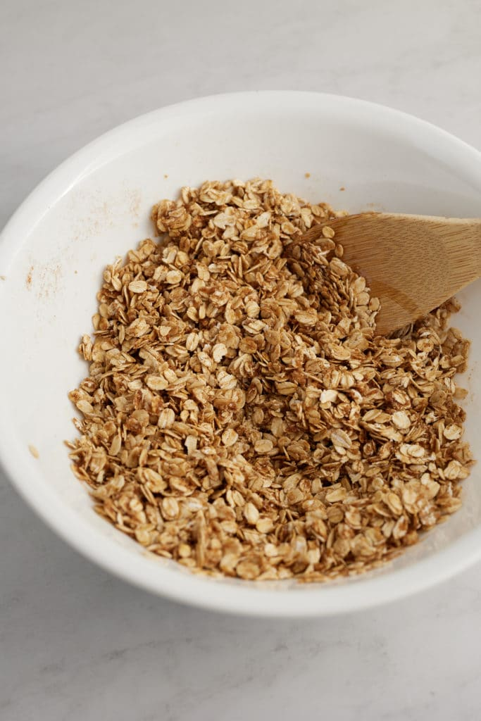 The oats mixed with the wet ingredients.
